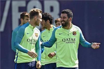 نجم ريال مدريد الأسبق مرشح لخلافة توران في برشلونة