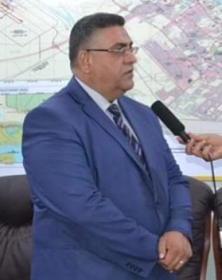 مدير مكتب محافظ البصرة يعلن عن المضي بتطبيق قرار رئاسة الوزراء لتحويل الأجراء اليوميّين إلى عقود