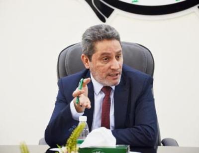 النائب الاول لمحافظ البصرة يشكل لجنة لاعادة العاملين الذين سرحتهم الشركات النفطية الاجنبية