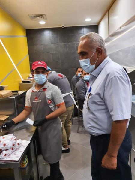 صحة البصرة: شعبة الرقابة الصحية تتابع التزام أصحاب المطاعم والمقاهي بالشروط الصحية
