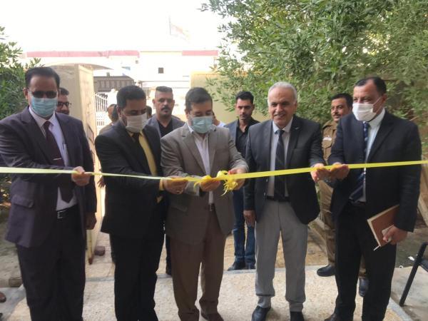 حكومة البصرة المحلية تتفتح مدرستين للمتفوقين في القرنة