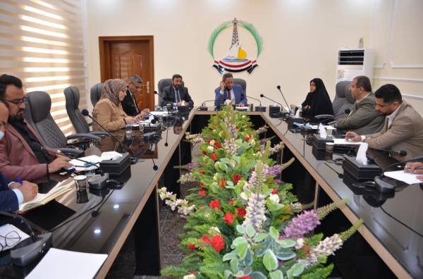 النائب الأول لمحافظ البصرة يبحث مع مدير عام التربية ومسؤولي تربية الاقضية افتتاح المدراس الدولية الحكومية