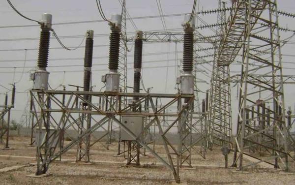 مجلس الوزراء يعالج الديون المترتبة بذمة وزارة الكهرباء لصالح وزارة النفط  11 يناير 2021 - 8:04 م  30