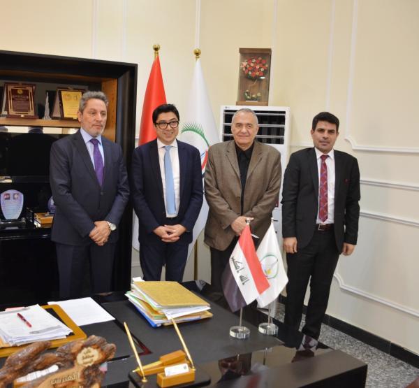 النائب الأول لمحافظ البصرة  يبحث مع منظمة اليونسكو المباشرة لإعادة تأهيل الدور التراثية