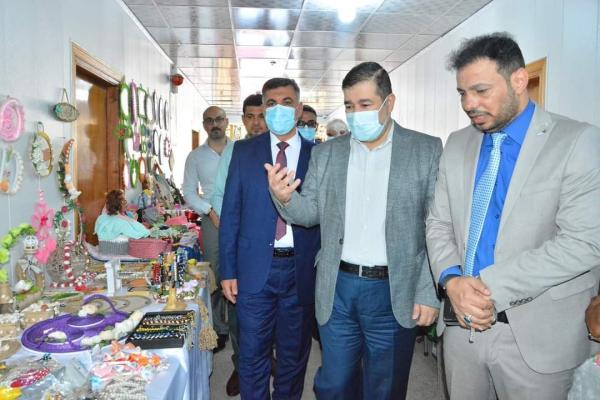 نائب محافظ البصرة يشارك في افتتاح المهرجان السنوي الثاني لكلية الإدارة الصناعية في جامعة النفط والغاز