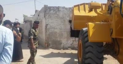 نفذت لجنة رفع التجاوزات في ديوان محافظة البصرة حملة لإزالة عدد من الدور السكنية الفارغة بمنطقة الجبيلة.