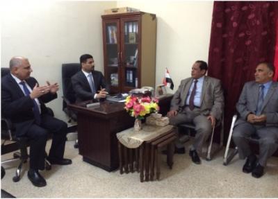 زيارة السيد معين الحسن معاون المحافظ للشؤون الادارية الى النازحين في البصرة