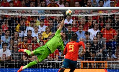 إسبانيا تتصدر مجموعتها في تصفيات أوروبا