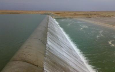 الموارد المائية تتعهد بتأهيل سدين مهمين قرب الحدود مع ايران