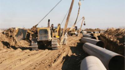 النفط تعتزم مد أنبوب من كركوك إلى جيهان بطاقة مليون برميل يومياً