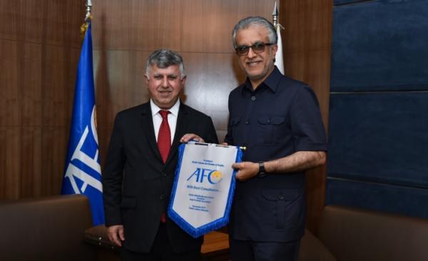 الاتحاد العراقي لكرة القدم يثمّن دعم سلمان بن ابراهيم في إقرار خوض التصفيات بالبصرة