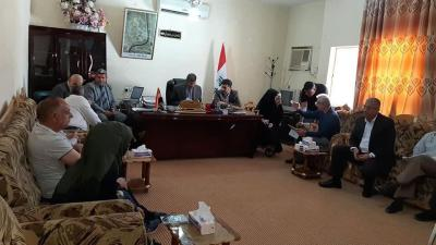 عقد في مبنى قائممقامية قضاء المدينة إجتماع مع الإستشاري الإيراني لمحافظ البصرة
