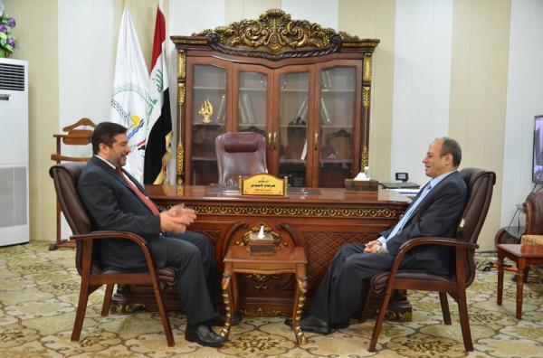 الاجودي : يستقبل القنصل المصري في البصرة