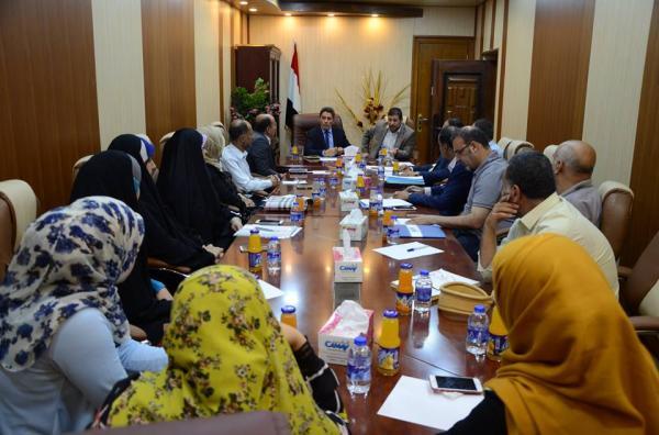 الاجودي يحضر اجتماع لمناقشة مشاريع قطاع الصحي في محافظة البصرة