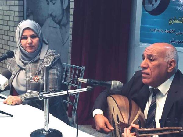 مستعرضا  تجربته في غناء القصائد ..اتحاد الأدباء والكتاب في البصرة يضيف الملحن الدكتور  ناصر هاشم