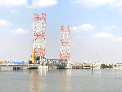 """مع قربِ افتتاحه... """"جسر الشهيد كنعان"""" في البصرة ينفرد بفتحة ملاحيّة هيَ الأولى من نوعها في الشرق الأوسط"""