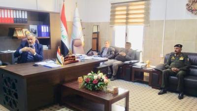 معاون محافظ البصرة السيد عرب الجزائري يرأس إجتماع لجنة المحميات