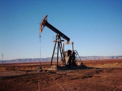 النفط يرتفع الى 60 دولاراً